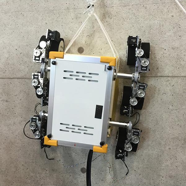 壁登りロボット